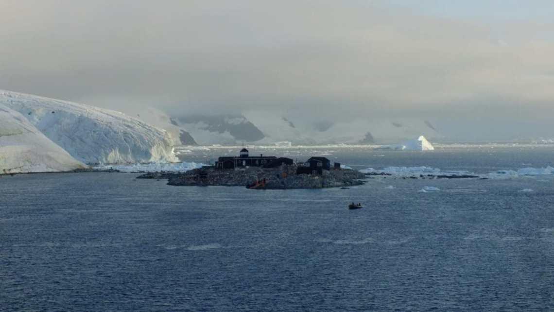 25-сезонная экспедиция. Вдоль Антарктического полуострова 18