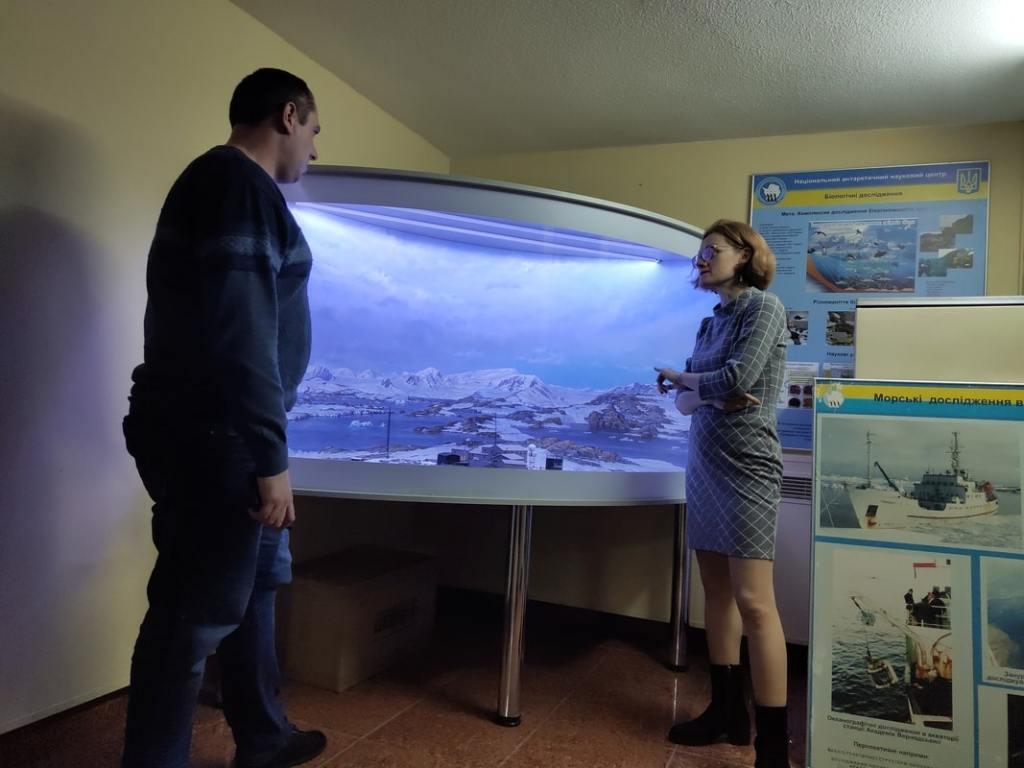 Начальник Антарктической экспедиции Юрий Отруба: «Едем обслуживать приборы» 14