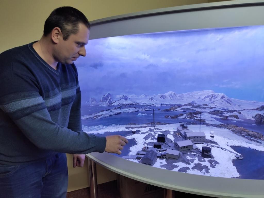 Начальник Антарктической экспедиции Юрий Отруба: «Едем обслуживать приборы» 20