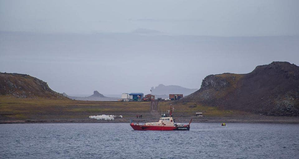 На службе науки – катер RS Karpuj чилийского Антарктического института (INACH) 3