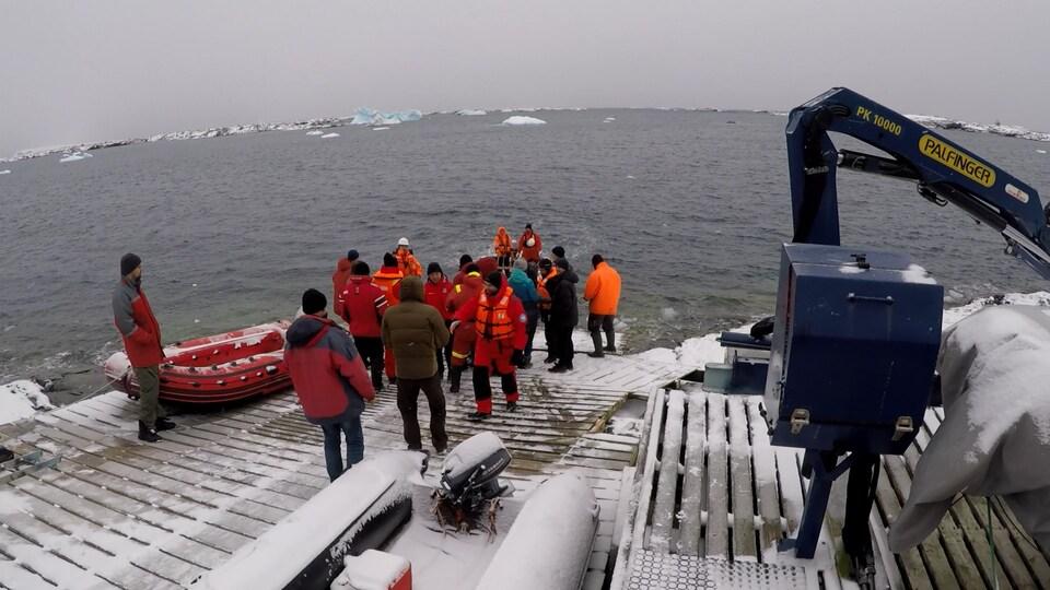 Участники 25-й Украинской экспедиции добрались до Антарктиды 1
