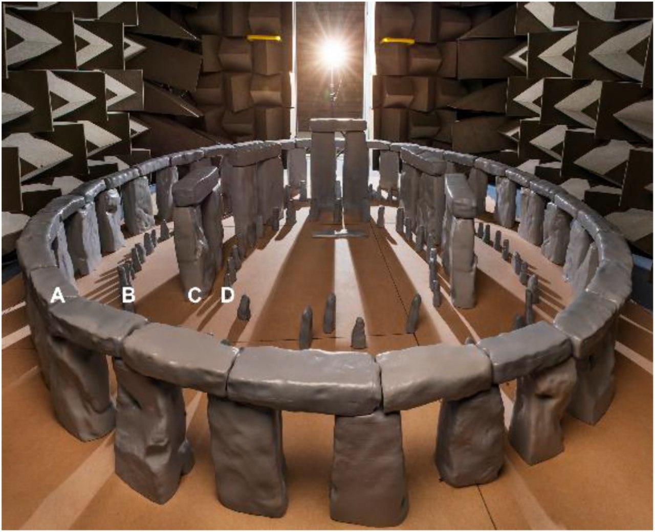 Учёные из Великобритании построили модель Стоунхенджа, чтобы проверить акустические свойства древнего памятника 1