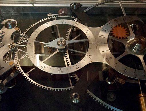 Безукоризненно точный механизм, которому 300 лет 10