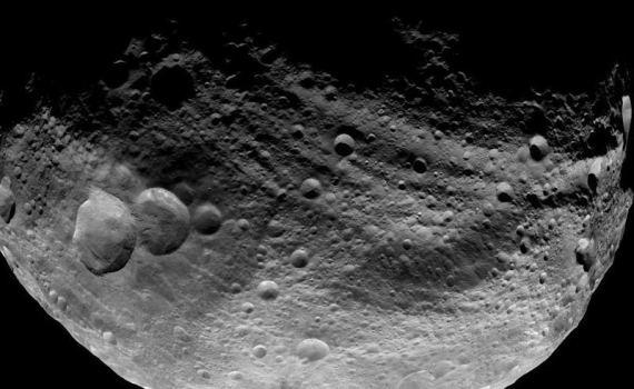 29 марта 1807 года немецкий астроном Вильгельм Ольберс открыл малую планету Веста, самый яркий астероид в небе 5