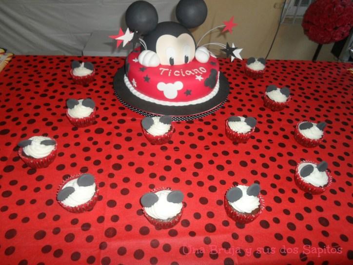 torta y cupcakes mickey