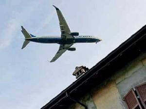 Interpellanza: inquinamento acustico dell'aereoporto.