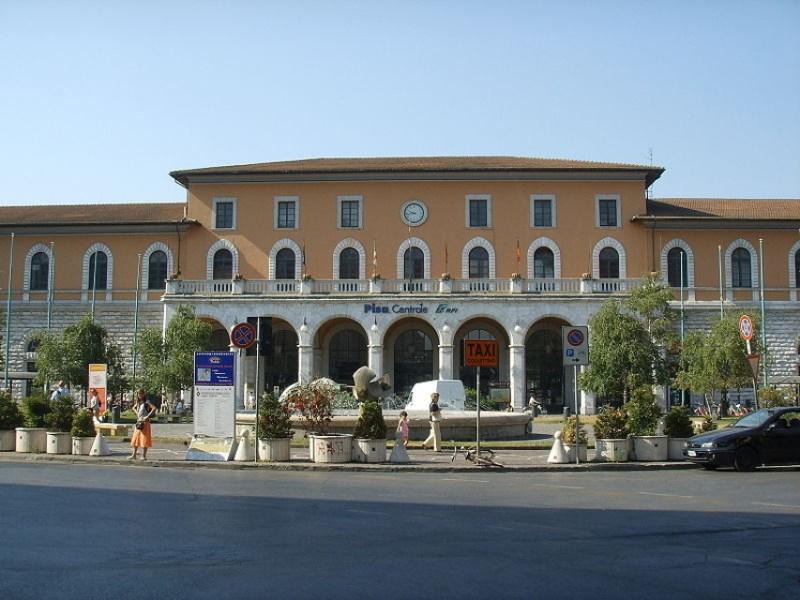 Interpellanza: Stazione di Pisa: criticità per chi usa la bici