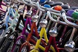 Question time: Rastrelliere per le biciclette alla Sesta Porta
