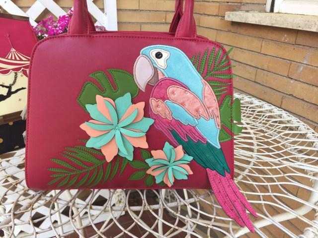 alt= frivolezze - parrot bag - vendula london