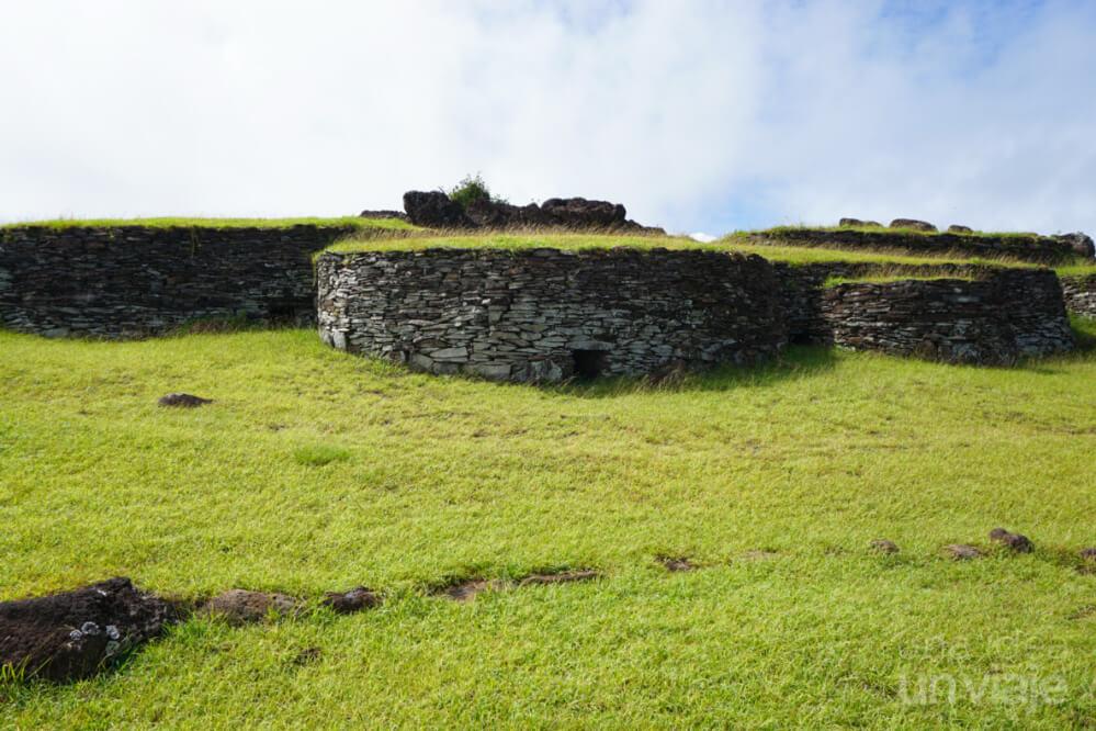 Villa de Orongo - Isla de Pascua