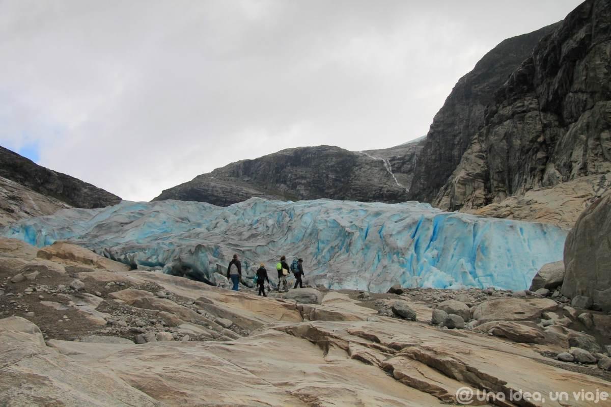 noruega-que-como-cuando-visitar-trekking-glaciar-jostedal-unaideaunviaje-15