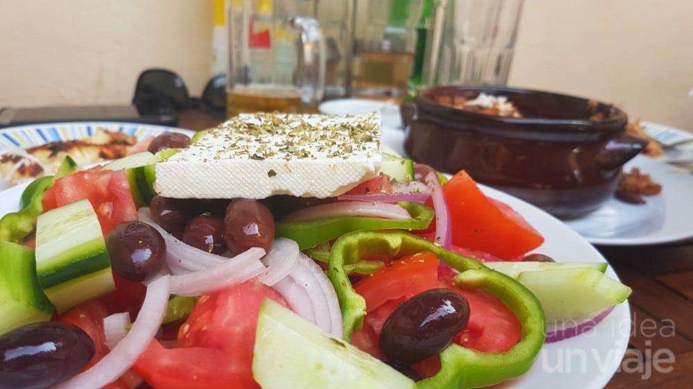 Ensalada griega (xoriatiki)