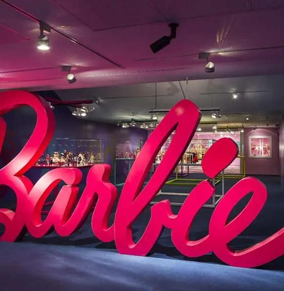 Barbie, más allá de la muñeca: la exposición