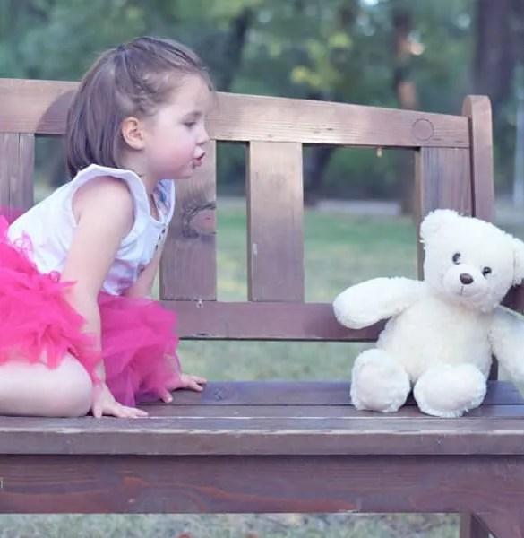 El sorprendente motivo por el que decidí NO poner pendientes a mi hija
