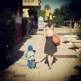 ALE Y MAMÁ