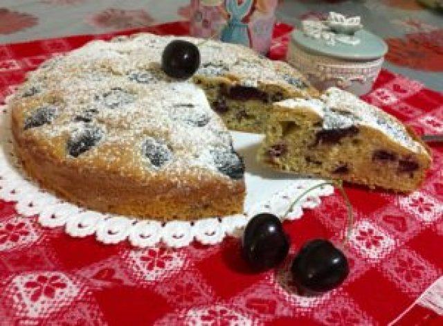Torta Ciliegie e Ricotta Senza Burro 1