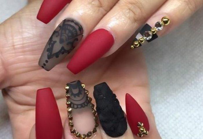 89 Diseños De Uñas Decoradas Con Piedras Muy Elegantes