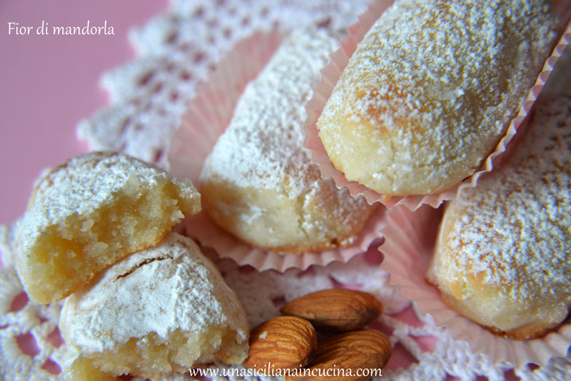 Fior di mandorla biscotti siciliani