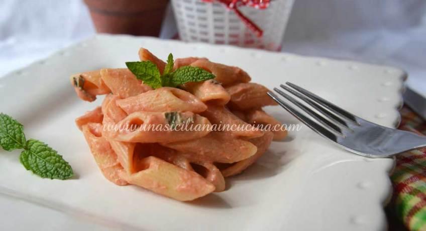 Pasta ricotta pomodoro alla siciliana