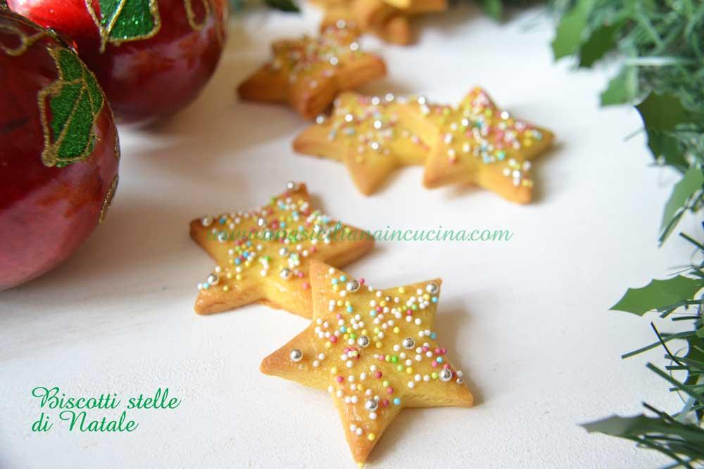 Dolci Stelle Di Natale.Biscotti Stelle Di Natale Una Siciliana In Cucina