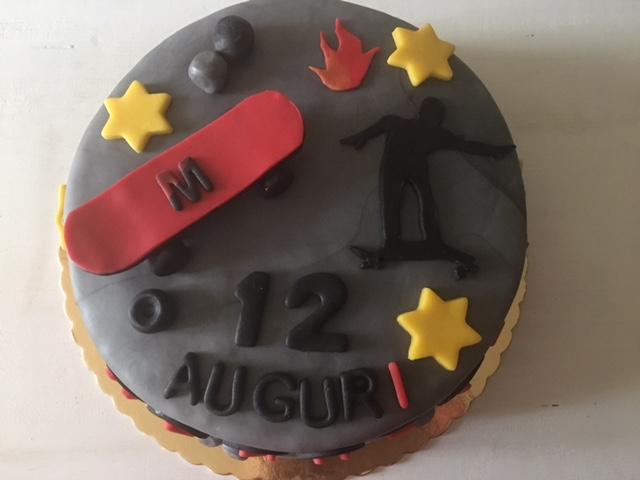 Torta Skateboard compleanno