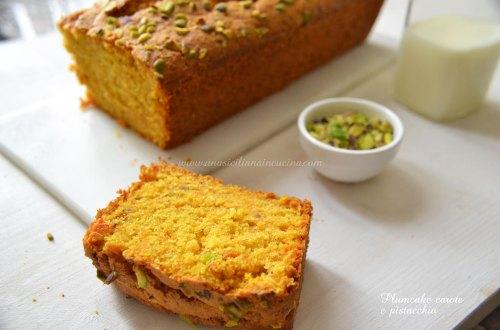 Plumcake carote e pistacchio