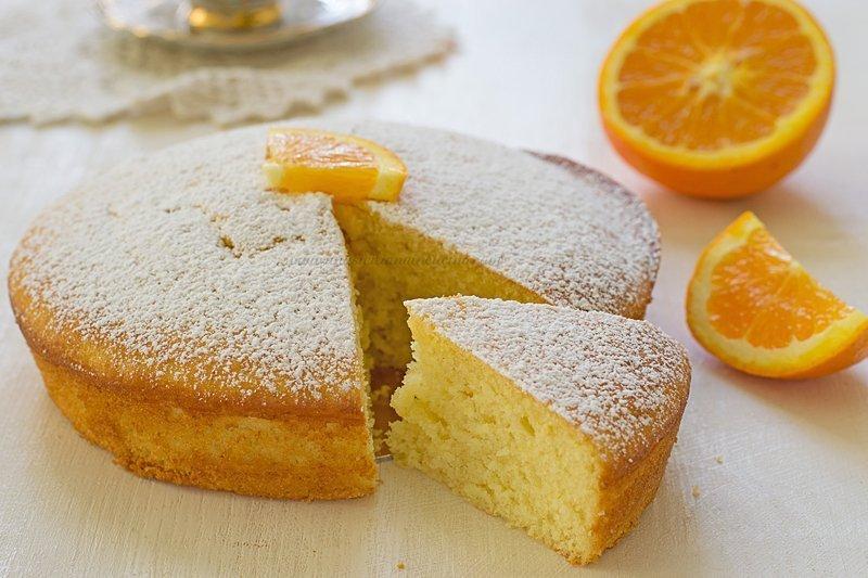Torta arancia e yogurt morbida e profumata