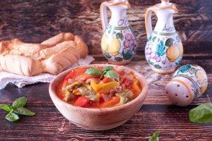 Peperonata siciliana in agrodolce