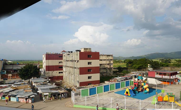 Asesinado un recluso dentro de la cárcel de Tocorón en Aragua.