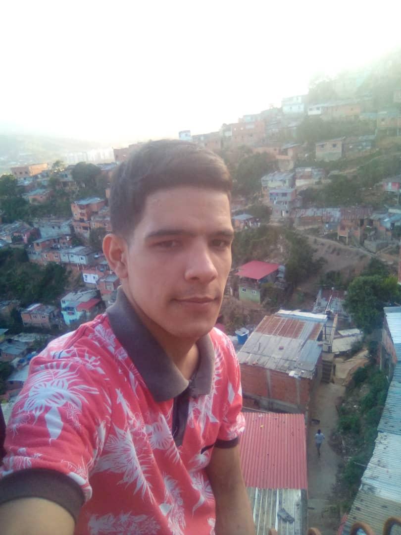 Caracas: El hijo de Jhinayka Sánchez fue beneficiado con el Plan de Descongestión de Calabozos Policiales