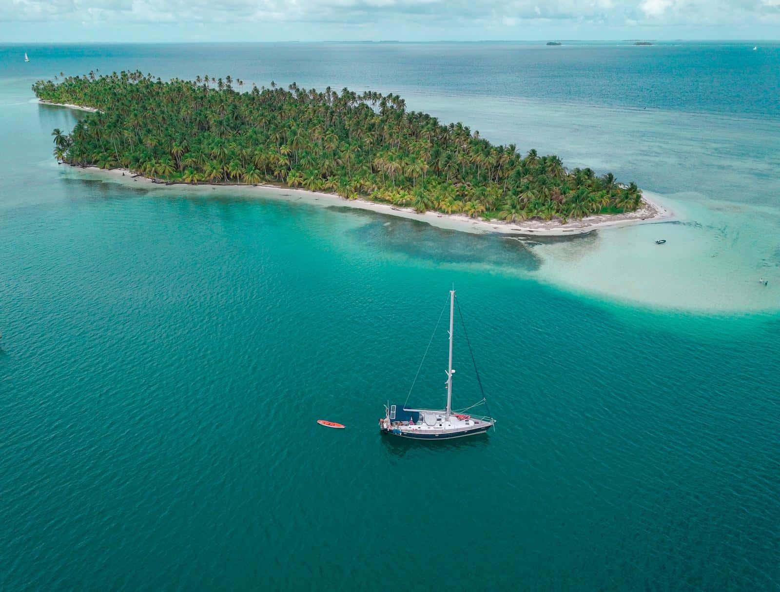 El Saramia en Green Island, San Blas