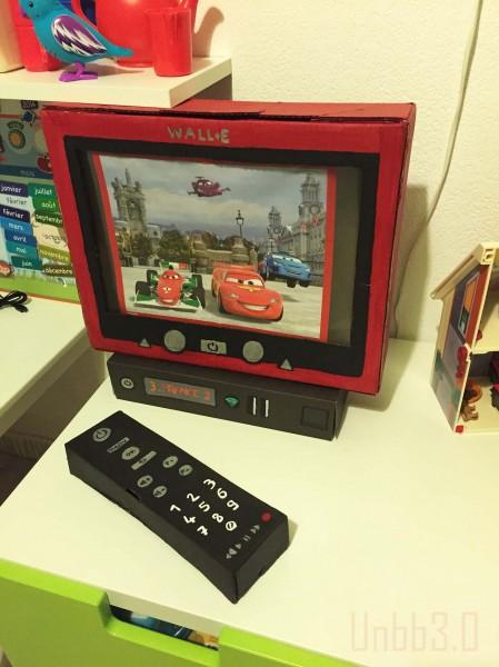 tv diy en carton