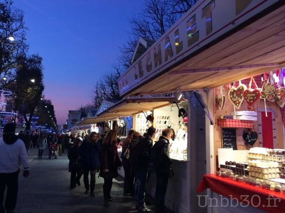 Paris marché de Noël Champs Elysée