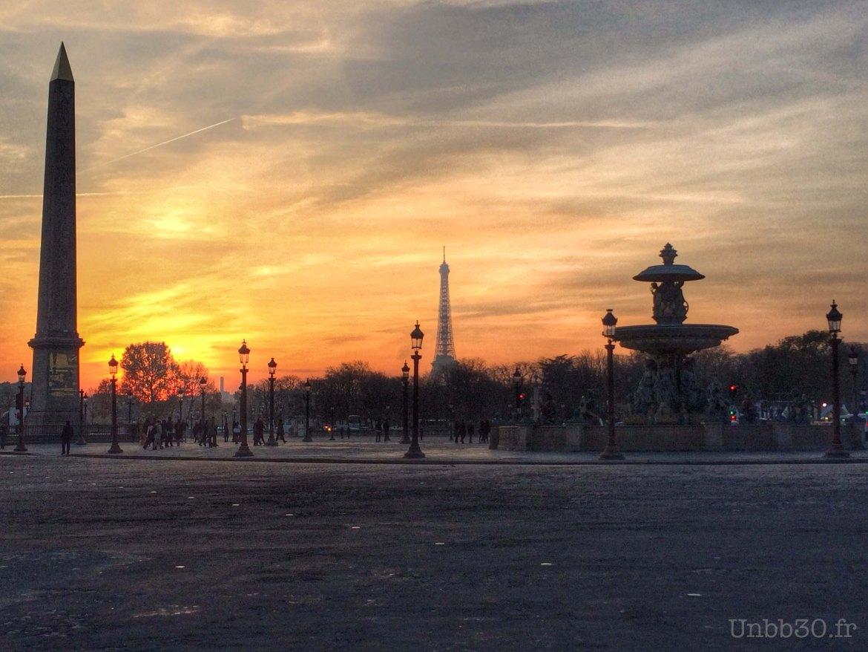 Paris tour Eiffel depuis La place de la concorde