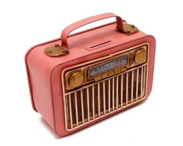 tirelire radio rétro
