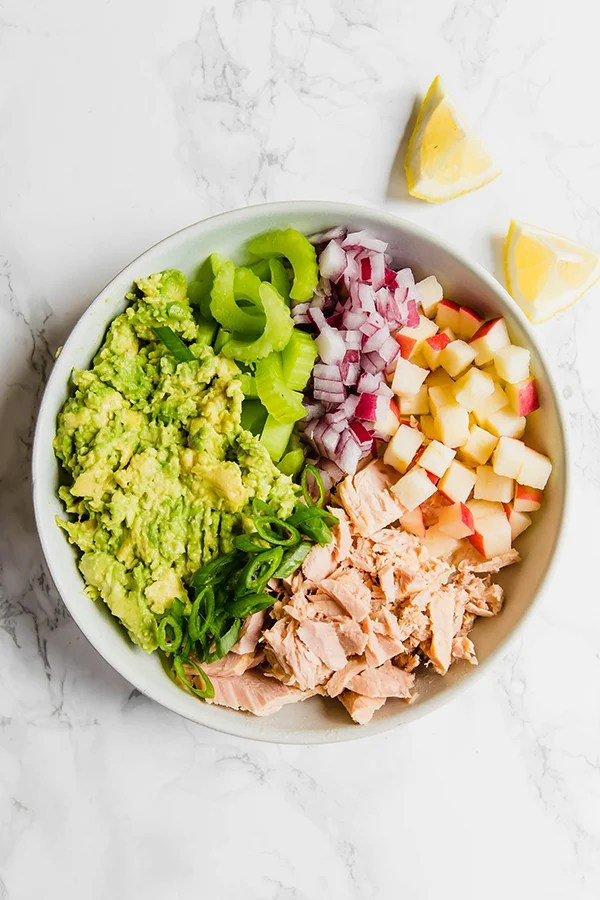 Avocado tuna salad
