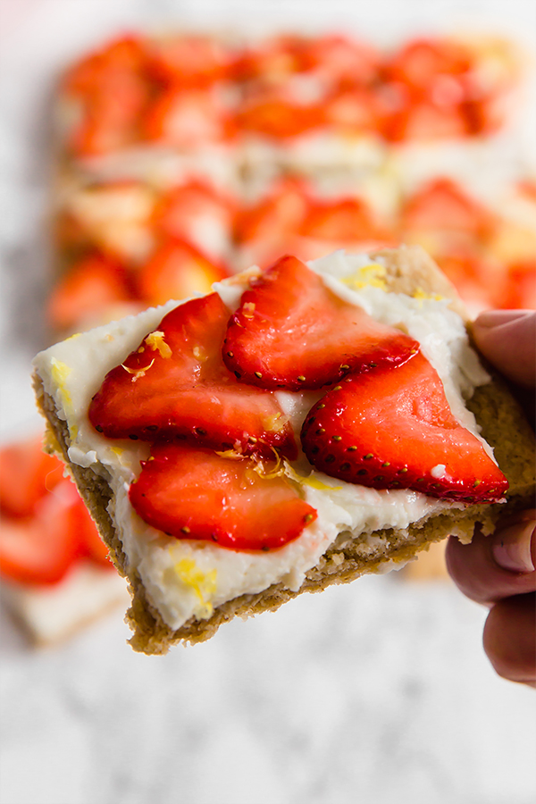 strawberry lemon sugar cookie bars
