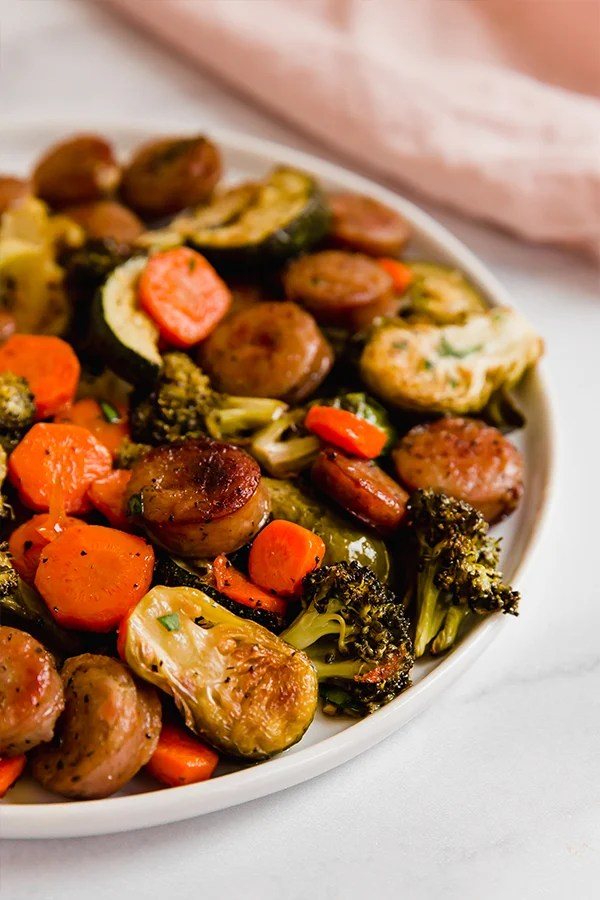 one pan sausage and vegetables on plate