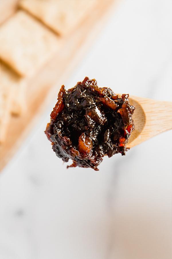 apple bacon jam on spoon