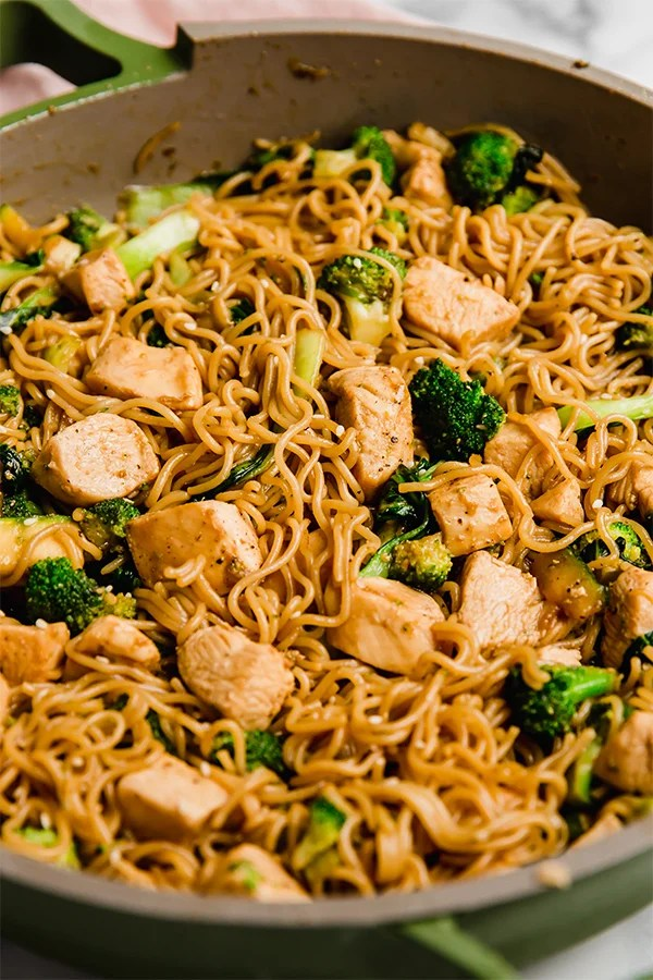chicken and ramen stir fry in bowl up close