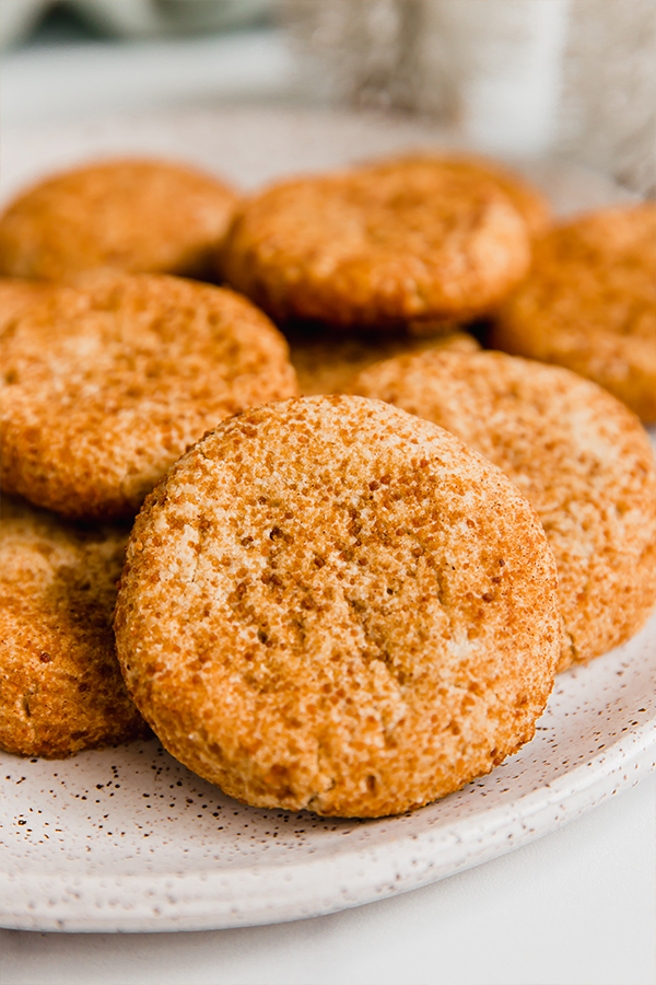 snickerdoodle cookies on plate