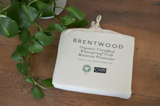 organic waterproof crib mattress protector packaging