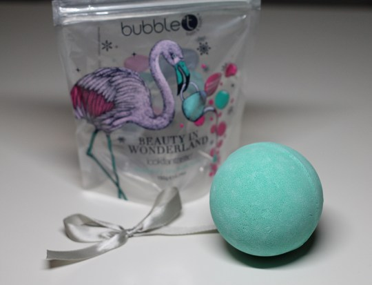 Bubble T Beauty in Wonderland Bath Fizzer