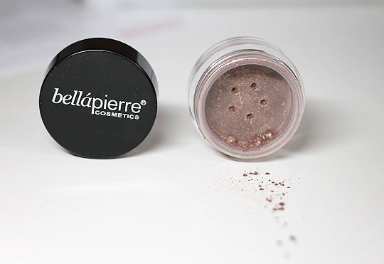 "BellàPierre - Shimmer Powder in ""Lava"""