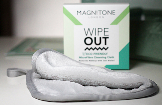 (Magnitone) Wipe Out Eco Friendly Make-Up Cleansing Cloth