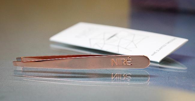 (Niré) Slanted Tweezers - schräge Pinzette