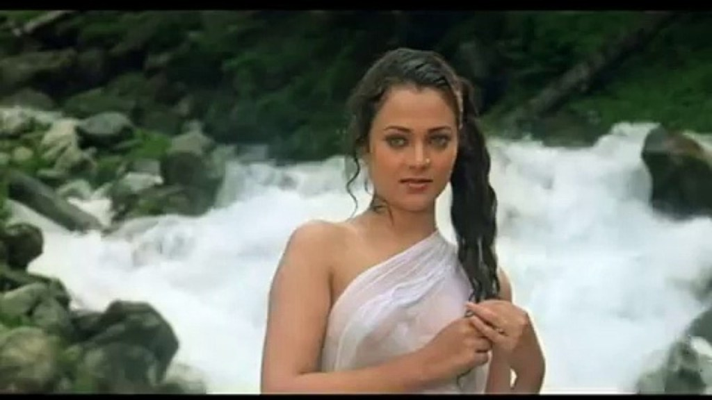 Mandakini-ek-do-teen-UnBumf