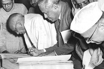 Constitution Of India needs to be Re-Written_UnBumf