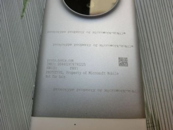 lumia-1030-prototype-leak3