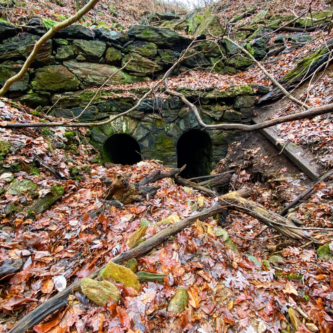 Double tunnel beneath the Enola Low-Grade